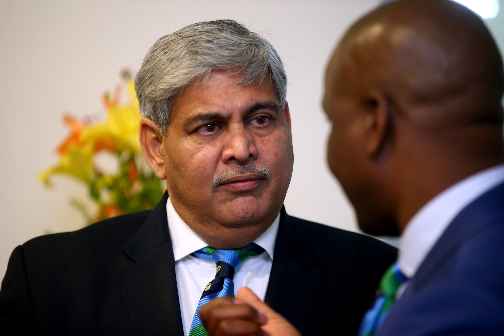 ICC chairman Shashank Manohar, left, paid tribute to David Richardson ©Getty Images