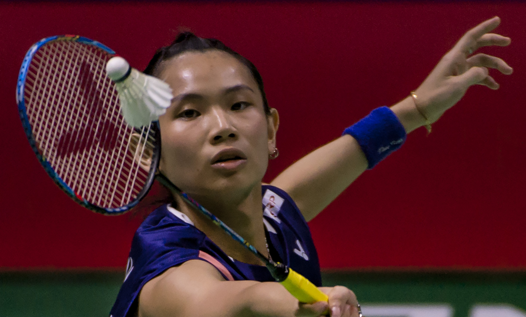 Top seeds prevail in singles semi-finals at BWF Indonesia Open