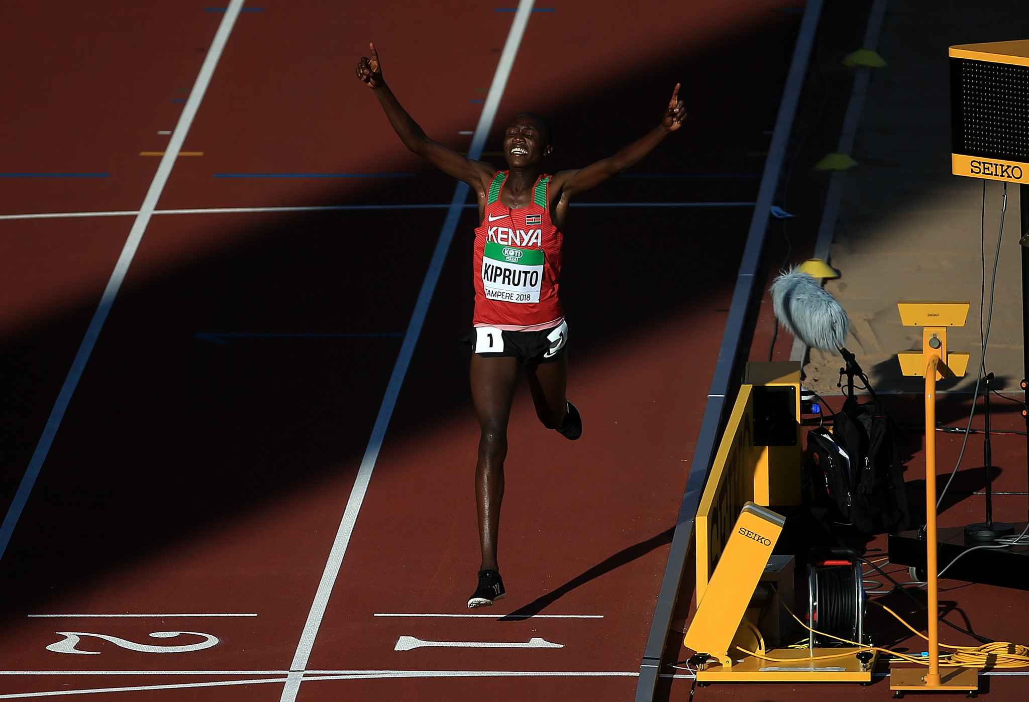 Kenyan double on opening day of IAAF World Under-20 Championships