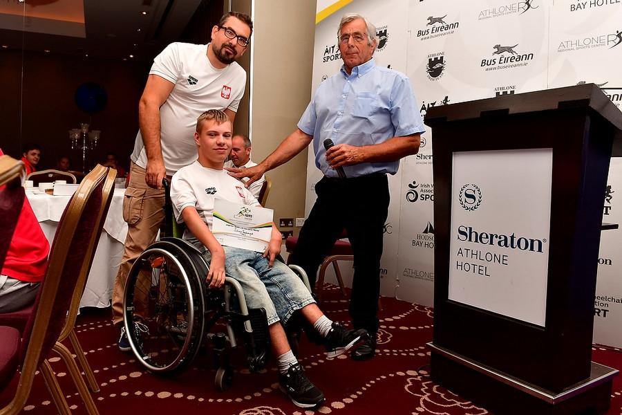 "Poland's Juliusz Trochimczuk claimed the ""Sir Ludwig Guttmann Paraplegic Sports Federation Wheelchair Athlete with International Potential"" award ©IWAS"