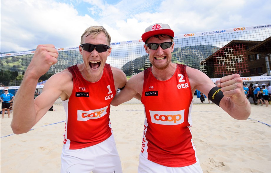 Philipp Bergmann and Yannick Harms were in form at the beach volleyball event ©FIVB
