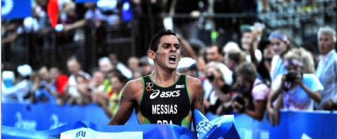 Messias breaks Brazil's duck after claiming junior title at ITU World Triathlon Grand Final