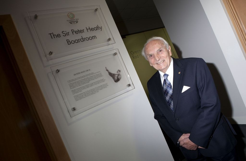 Former CGF chairman and multiple British Empire Games champion Sir Peter Heatly dies aged 91