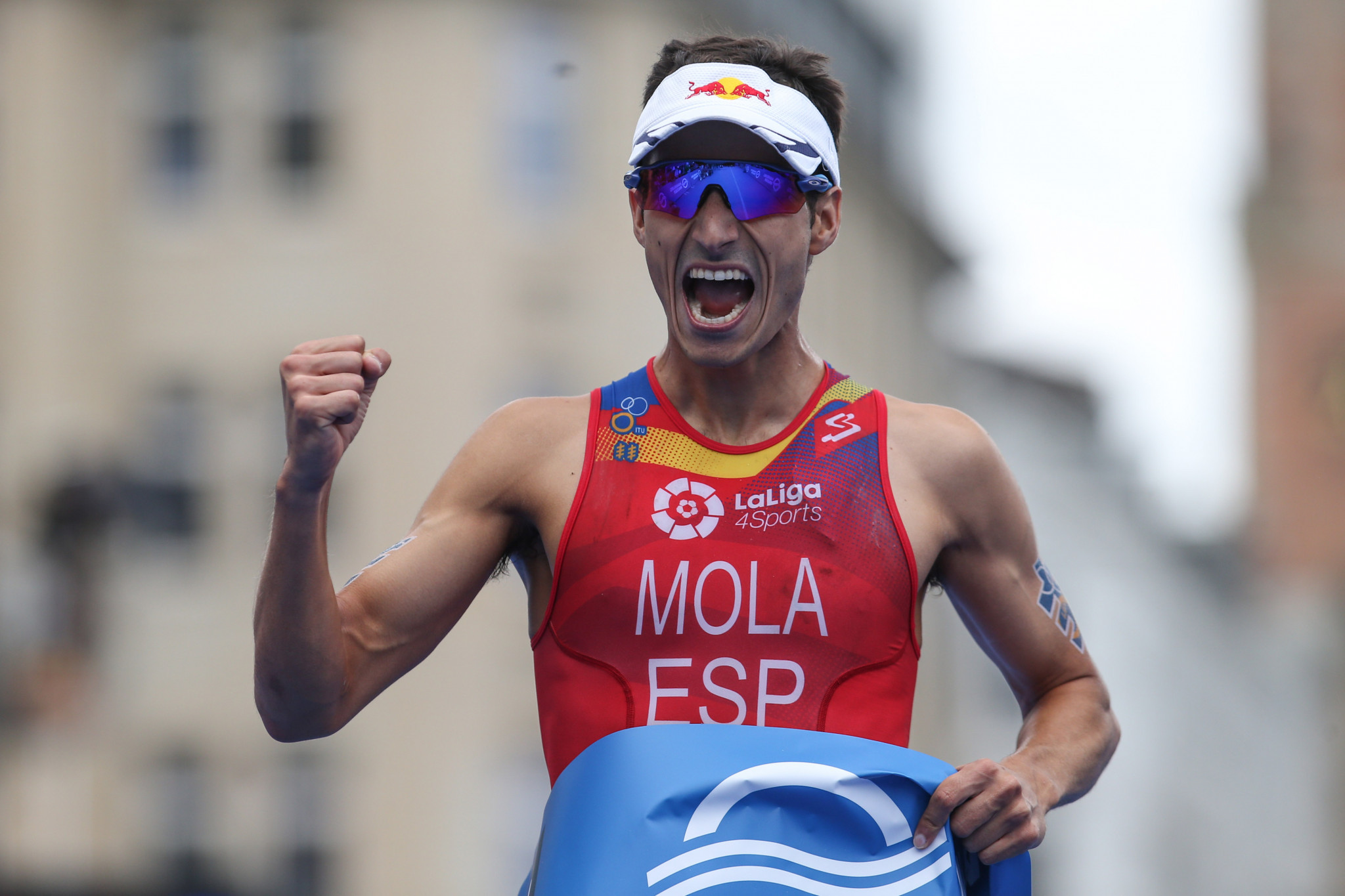 Mola wins World Triathlon Series event in Hamburg for third year in a row