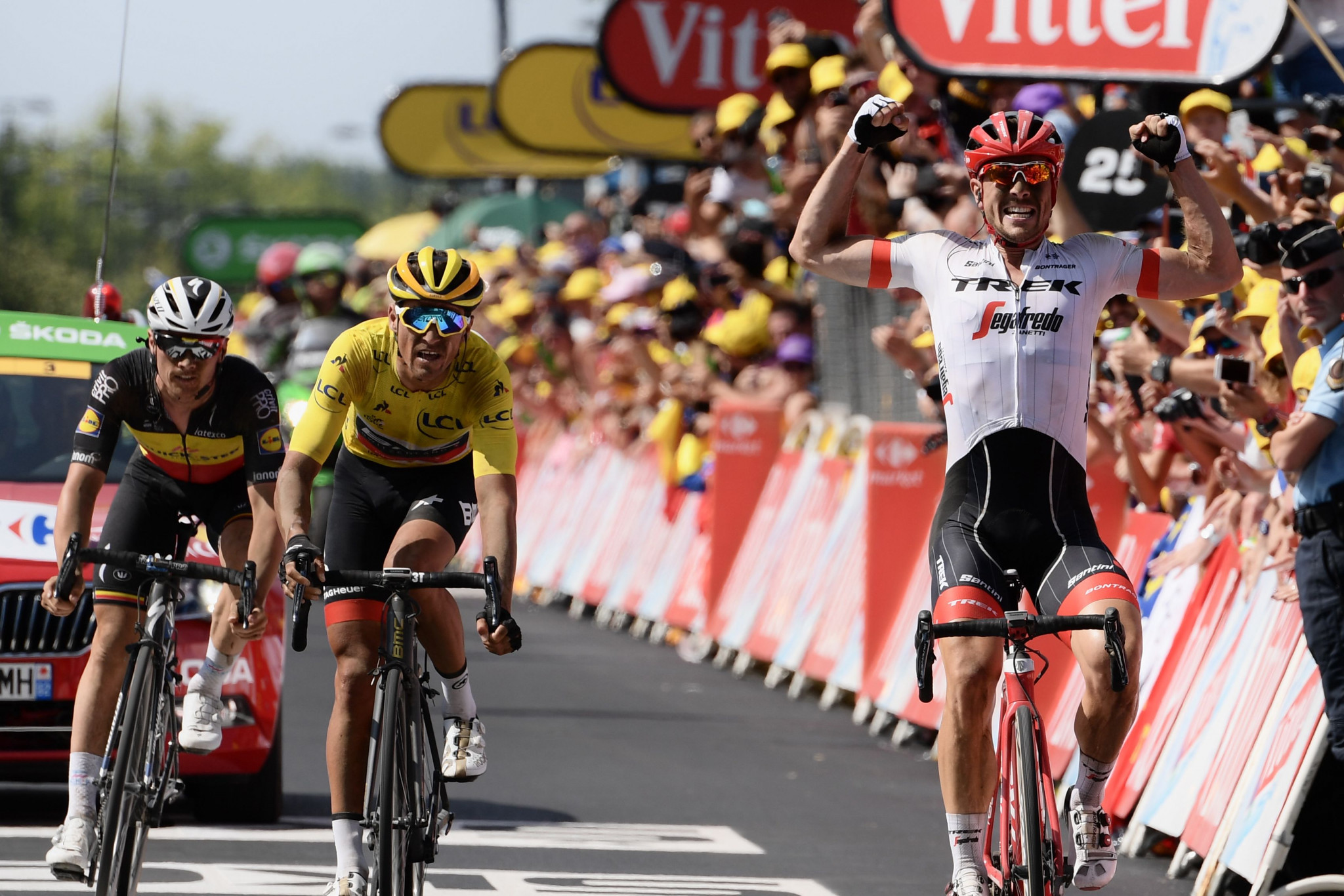 Degenkolb earns emotional win as cobbled stage tests Tour de France hopefuls