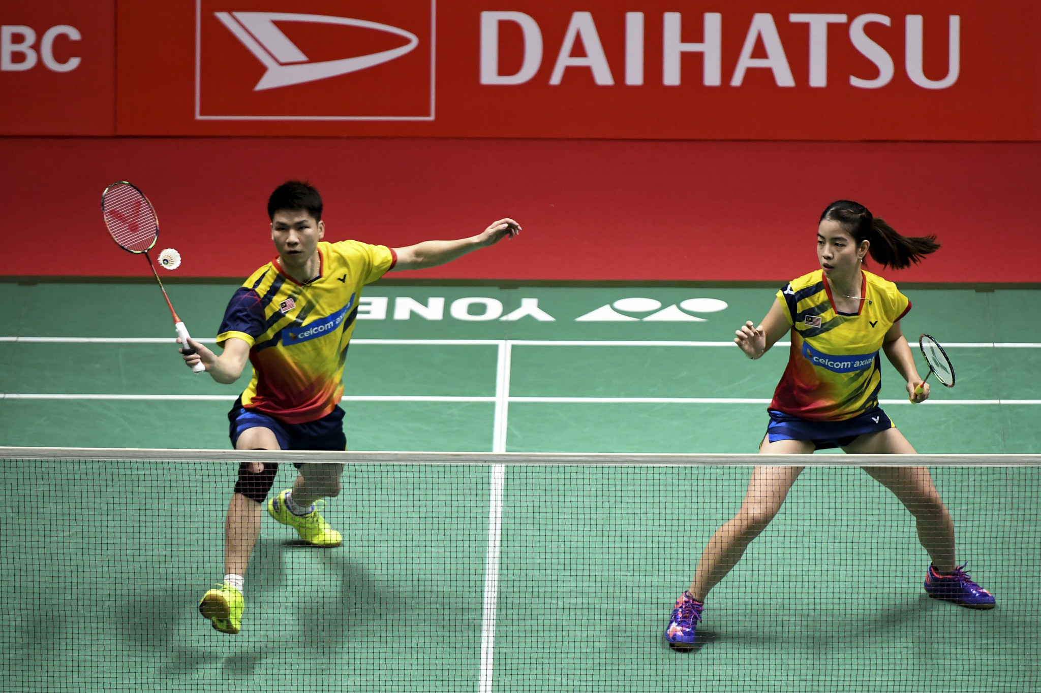 Mixed doubles second seeds progress as main draw action begins at BWF Singapore Open