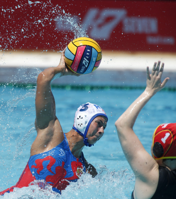 Russia continued their prolific start to the women's European Water Polo Championships as they thrashed Germany ©LEN