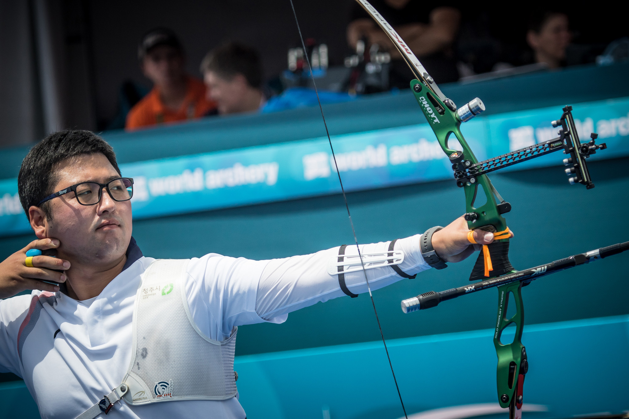 World number one ousts returning Barnes at Archery World Cup in Berlin