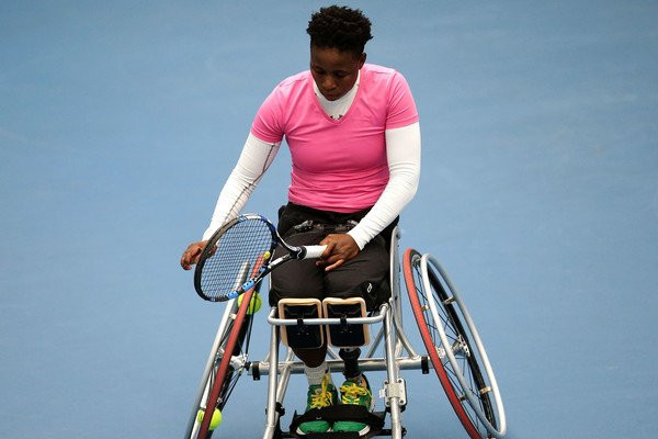 South Africa's Kgothatso Montjane retired ill from her quarter-final, with the score 1-3 in the first set ©Getty Images