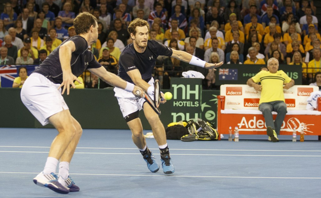 Murray brothers win crucial doubles tie to move Britain to the brink of Davis Cup final