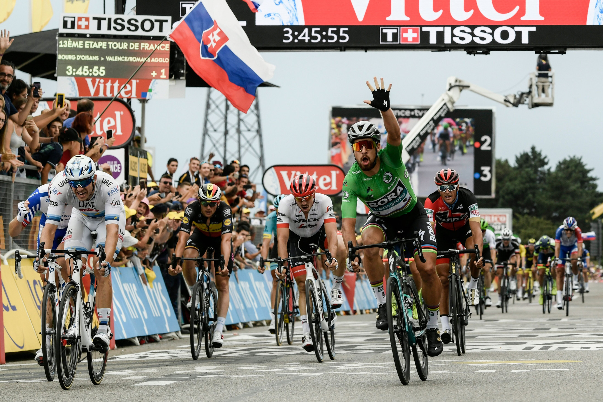 Sagan sprints to third Tour de France stage win as race director addresses fan incidents