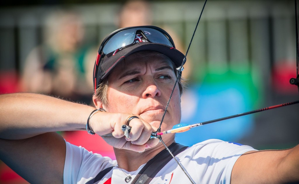 Dodemont secures two gold medals on compound finals day at Archery World Cup in Berlin