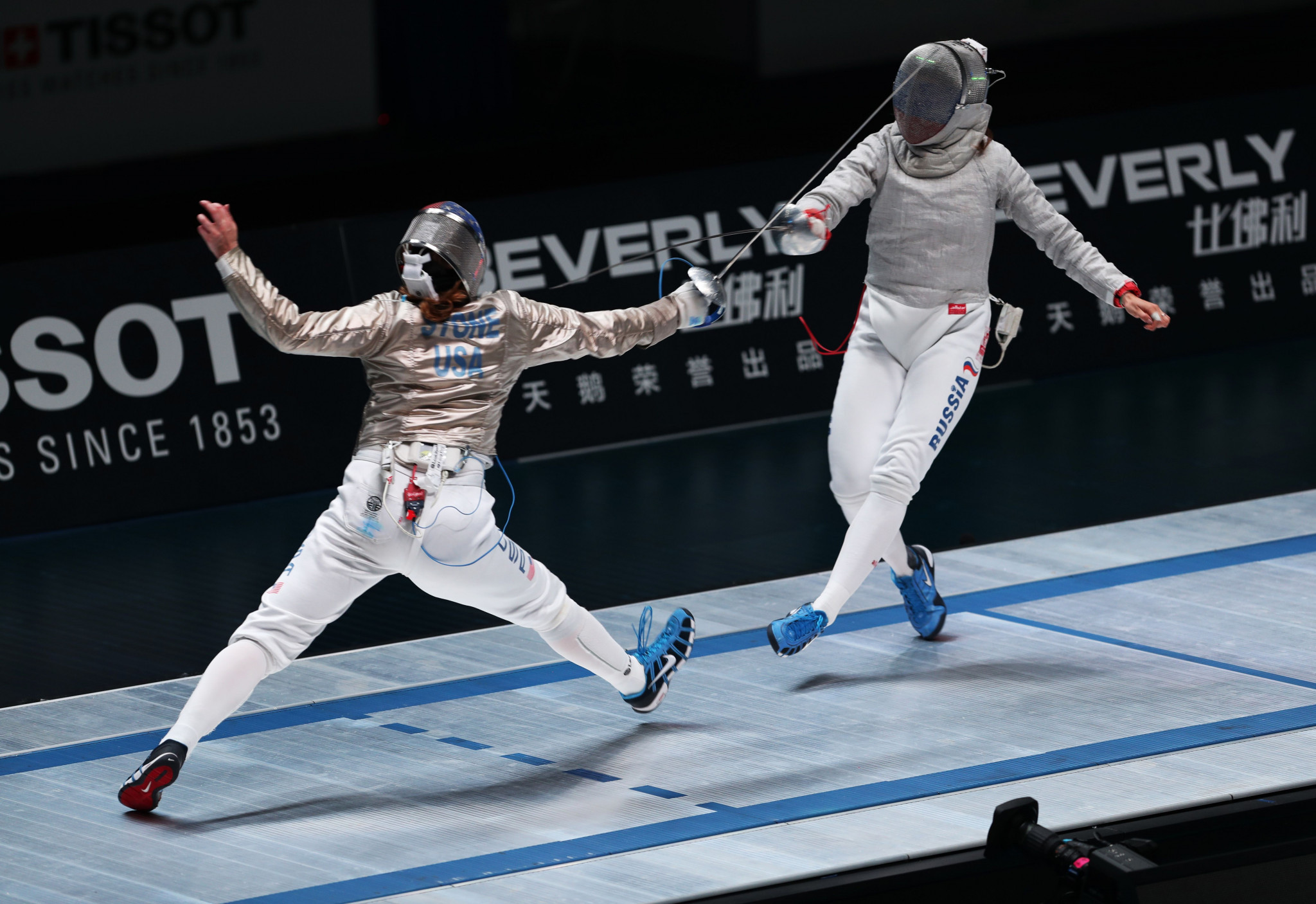 Sofia Pozdniakova, right, won the women's sabre gold medal ©Getty Images