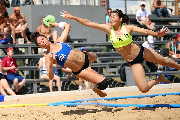 Chinese Taipei moved into the main round at the Beach Handball World Championships in Kazan thanks to a 2-1 win over France at the Beach Sport Complex in Kazan ©IHF