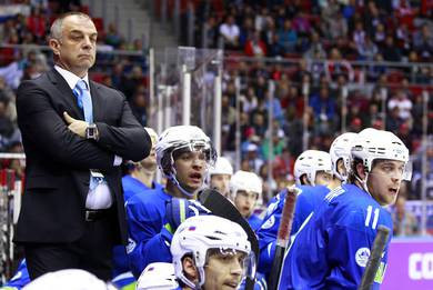 Slovenian ice hockey coach quits after one month because of job clash with NHL Los Angeles Kings