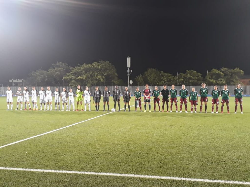 Mexico took gold in the women's football final by beating Costa Rica 3-1 ©CACG