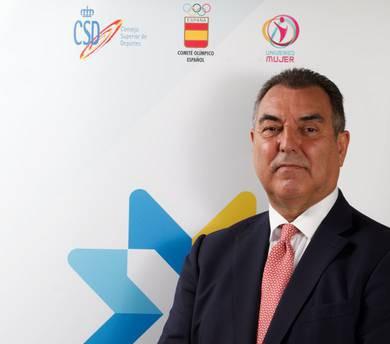 Gonzalez re-elected Royal Spanish Ice Sports Federation President