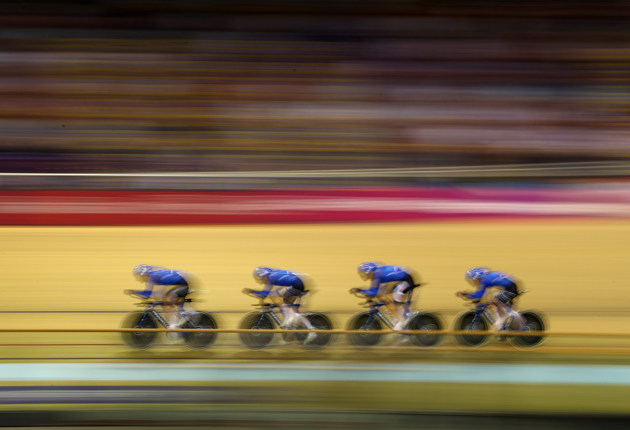 Italy clinched first place in men's qualifying after an impressive ride ©Getty Images