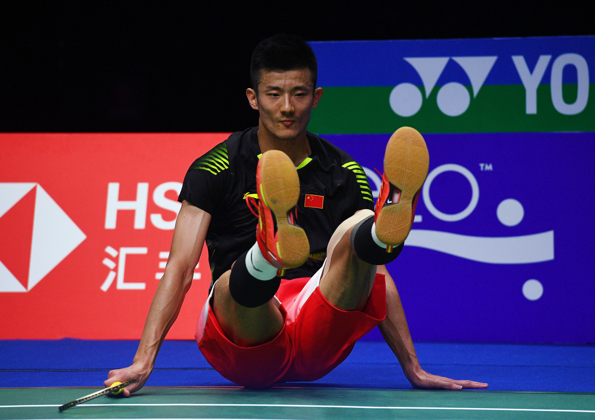 Top seeds and defending singles champions beaten at Badminton World Championships