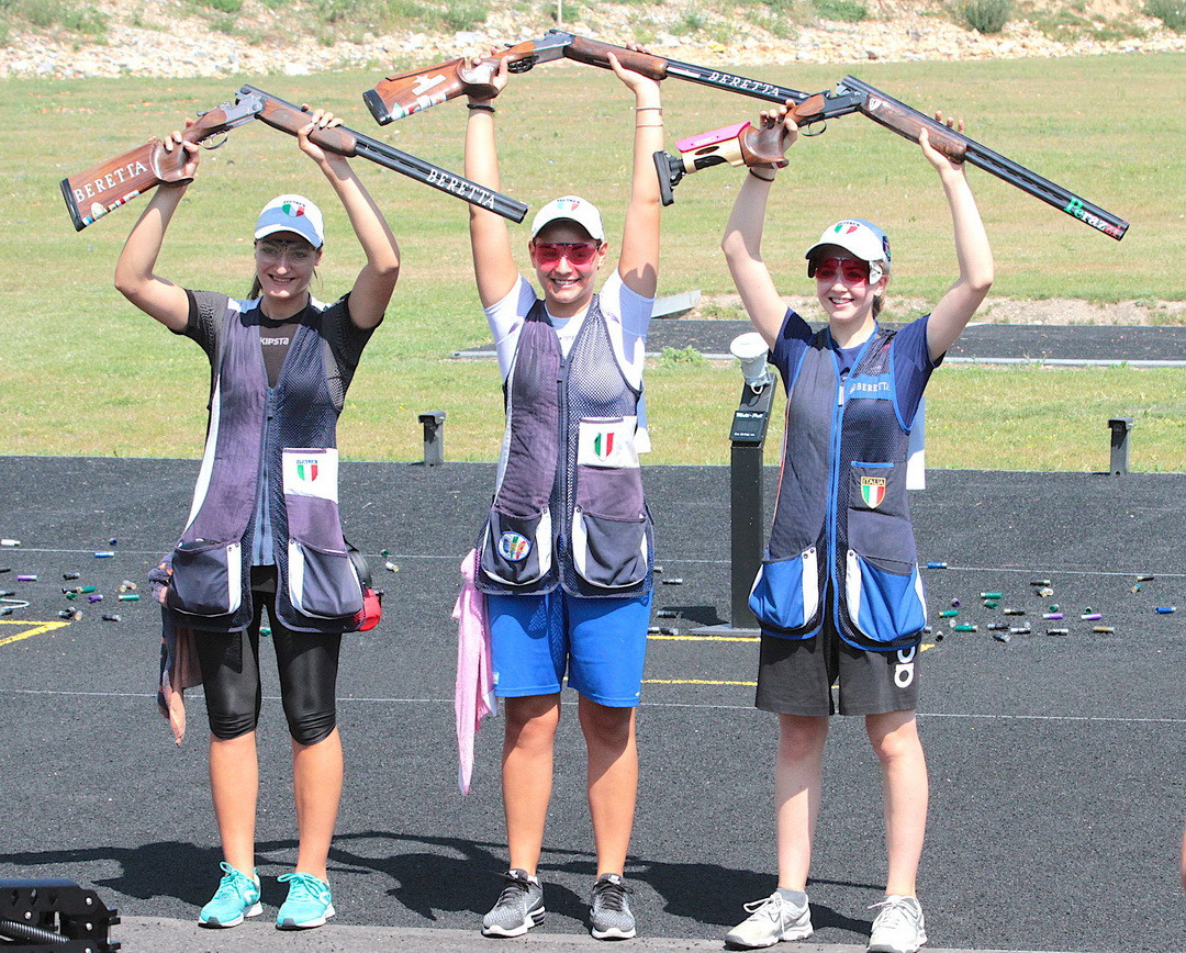 Italy, pictured celebrating the junior women's trap title, enjoyed a successful day ©ESC