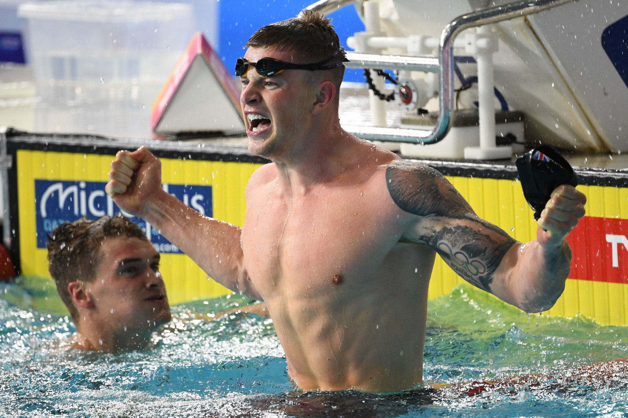 Peaty smashes own world record to win men's 100m breaststroke at European Swimming Championships