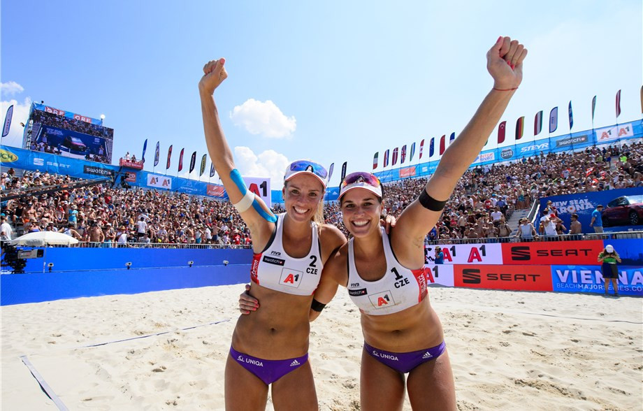The Czech pair of Barbora Hermannova and Marketa Slukova have won their second Beach Major Series title by winning the Vienna Major today ©FIVB