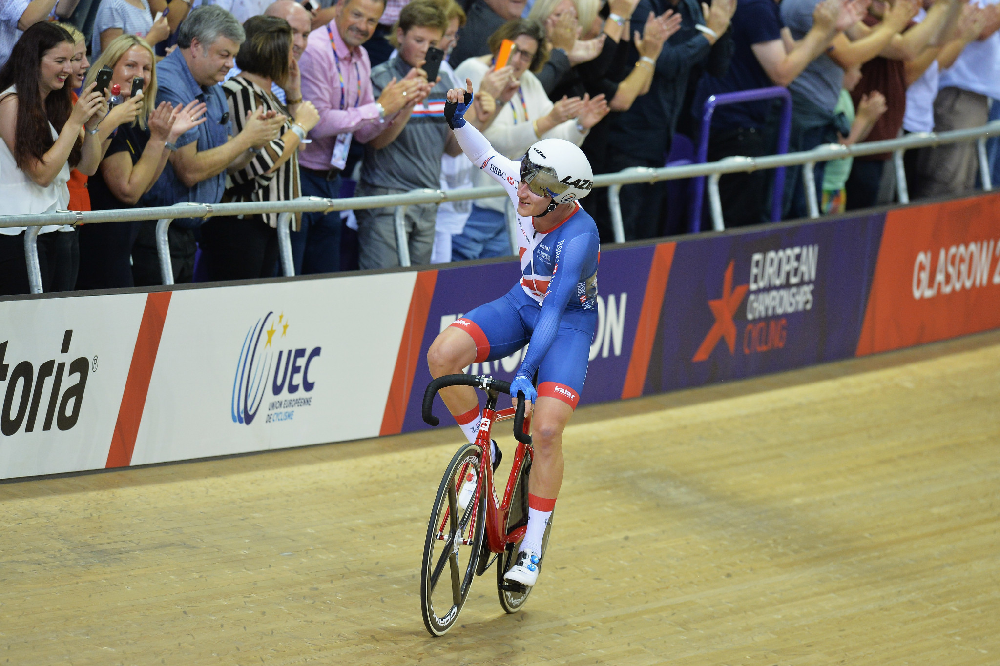 Hayter triumphs for hosts in men's omnium at European Championships