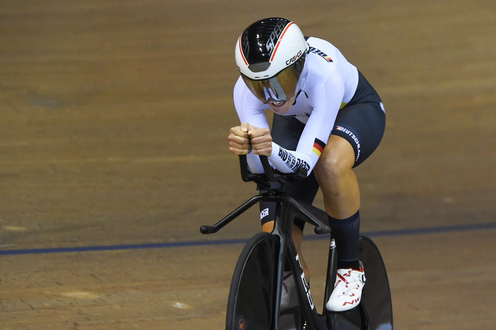 Germany's Lisa Brennauer rode to gold in the women's individual pursuit ©Getty Images