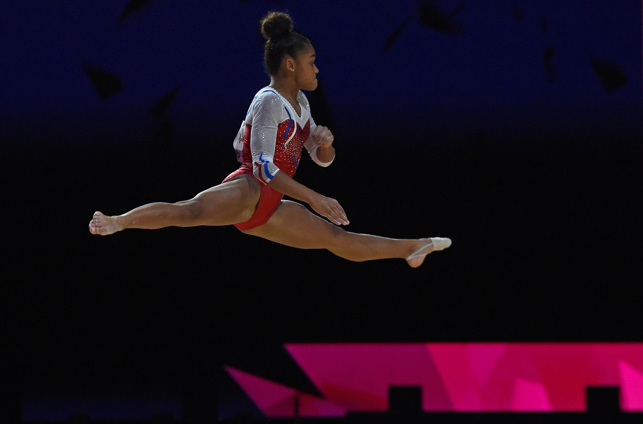 France's Mélanie de Jesus dos Santos came out on top in the floor exercise ©Getty Images
