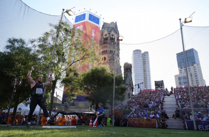 Berlin's Breitscheidplatz, alongside the Kaiser Wilhelm Memorial Church, showcased men's shot put qualifying as the 24th European Athletics Championships got underway this evening ©Getty Images