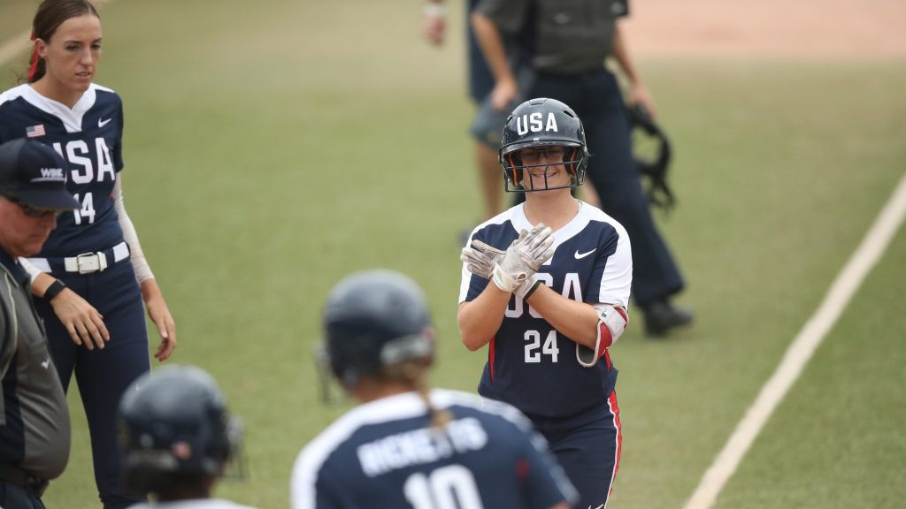 Three nations preserve unbeaten starts at Women's Softball World Championship