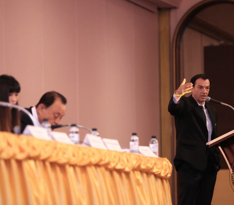 IFMA secretary general Stephan Fox addresses delegates during the meeting ©IFMA