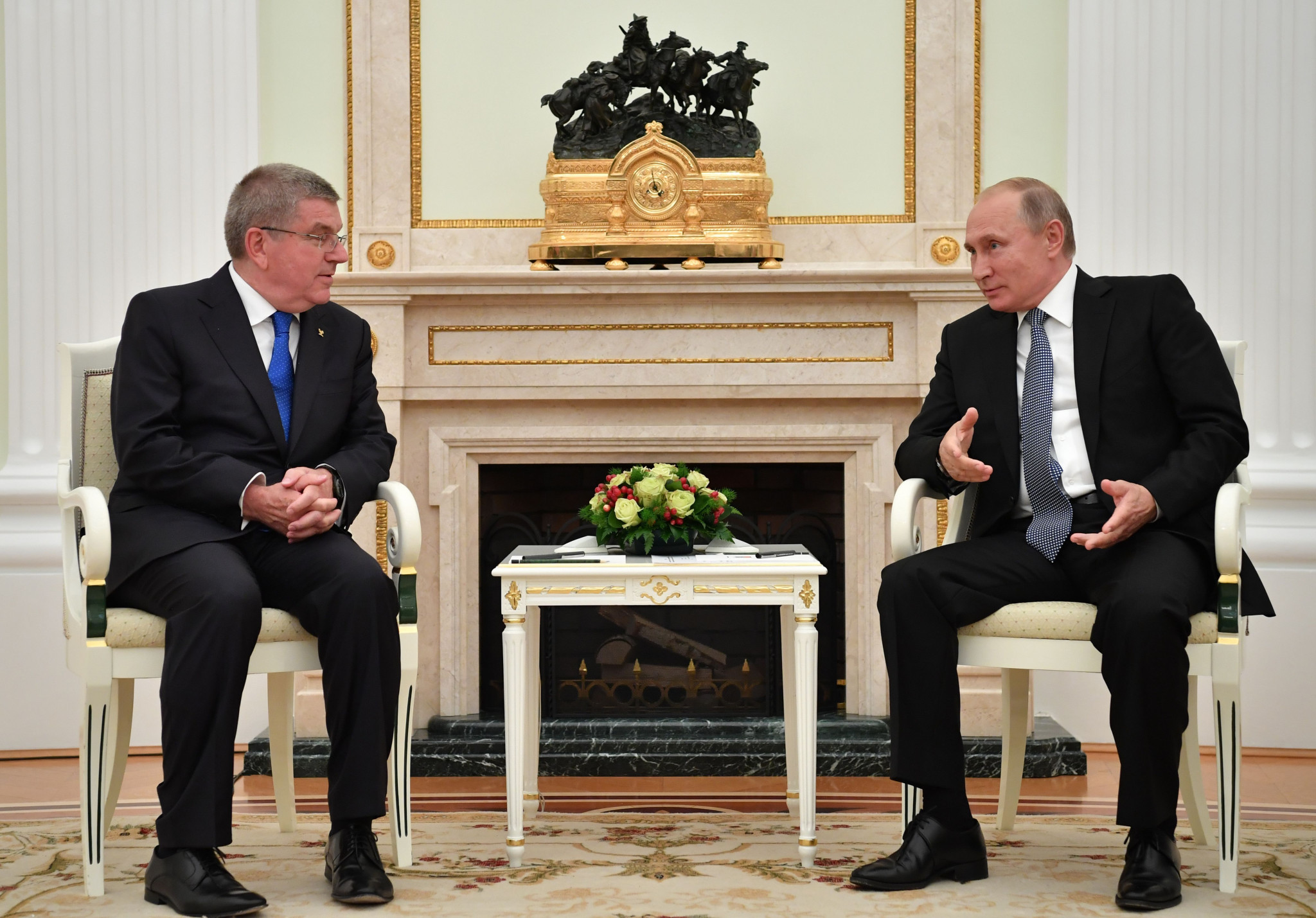 A meeting between Thomas Bach, left, and Vladimir Putin at the Kremlin has been hailed as an example of closer relations ©Getty Images
