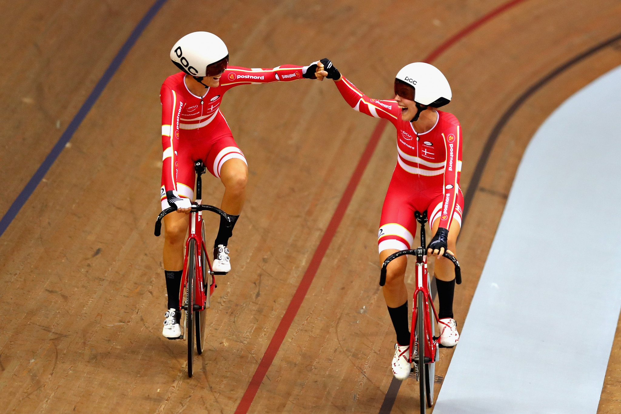 Amalie Dideriksen and Julie Leth combined to win the women's madison ©Getty Images