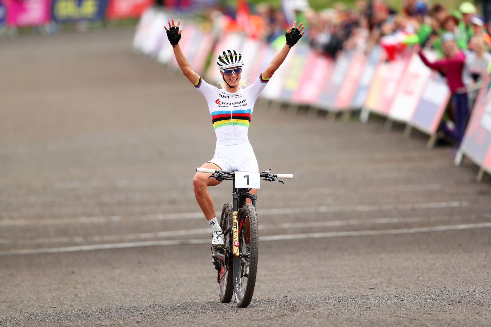 Jolanda Neff won gold for Switzerland in the women's mountain bike race at Cathkin Braes, which turned out to be the first of two Swiss triumphs in the hills ©Getty Images