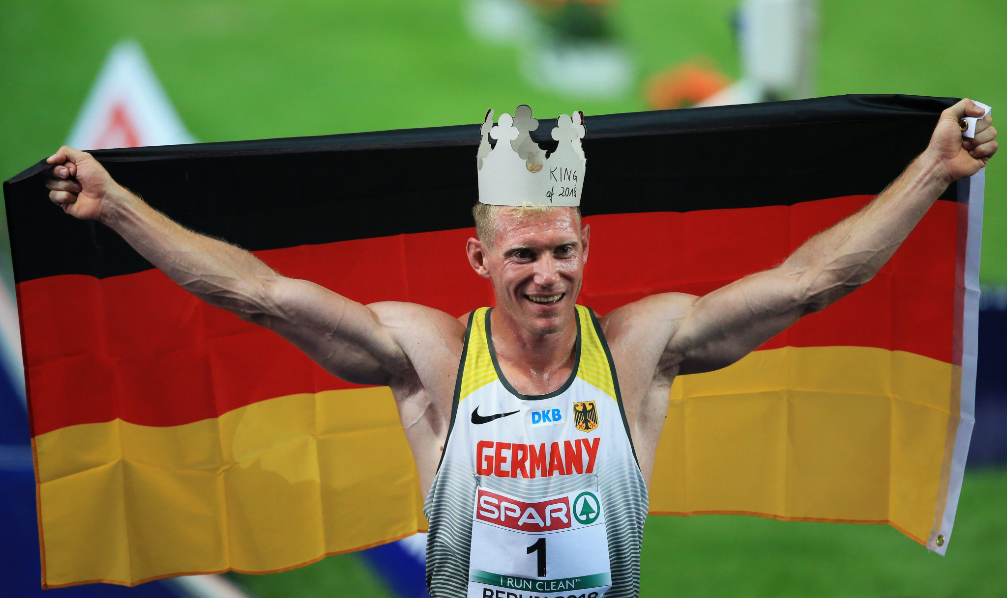 No podium farewell for Harting but Abele gives German hosts first European gold in decathlon