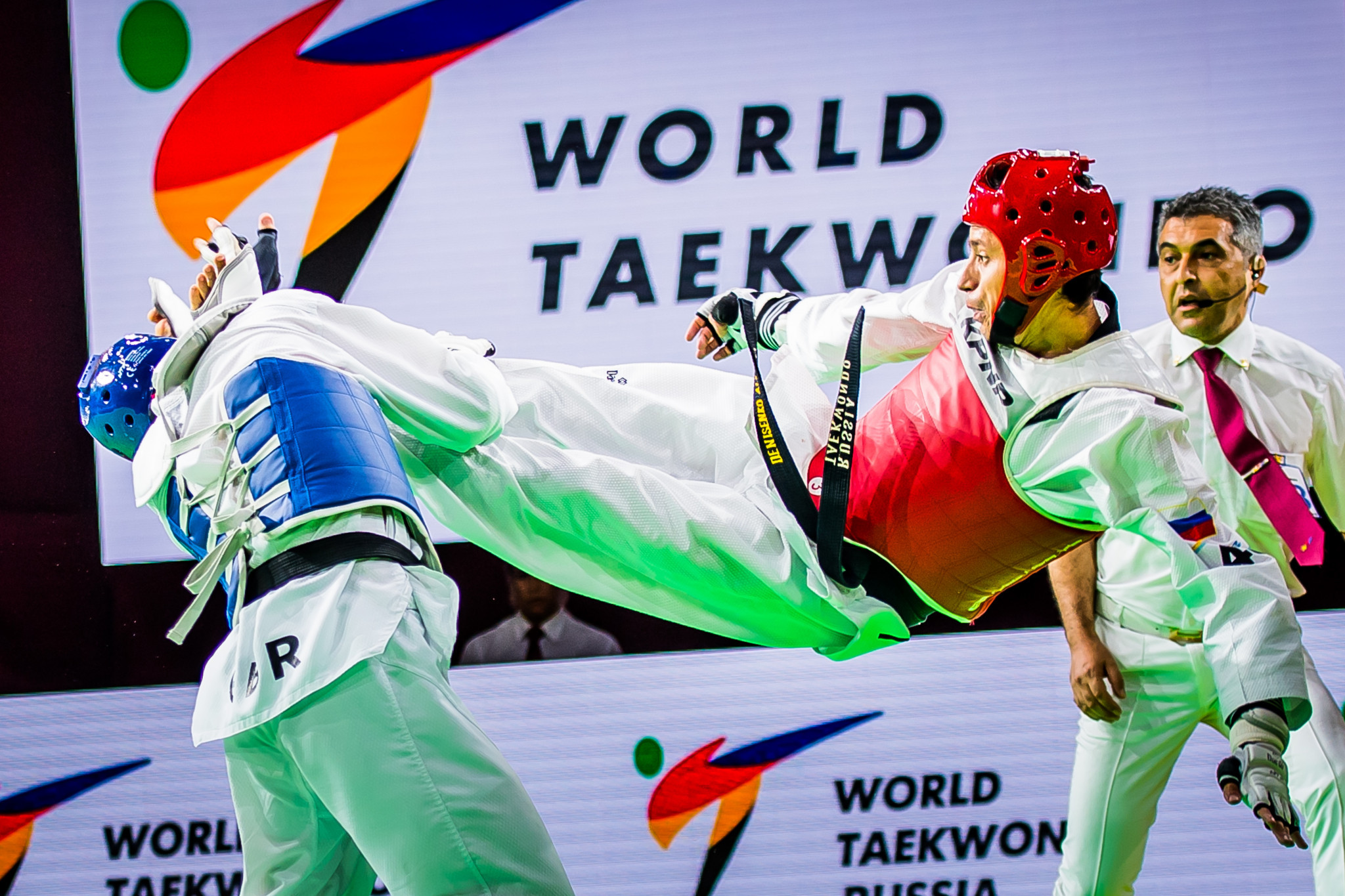 Russia's Alexey Denisenko delighted the home crowd by claiming the men's under-68 kilograms gold medal on the first day of action at the World Taekwondo Grand Prix series leg in Moscow ©World Taekwondo
