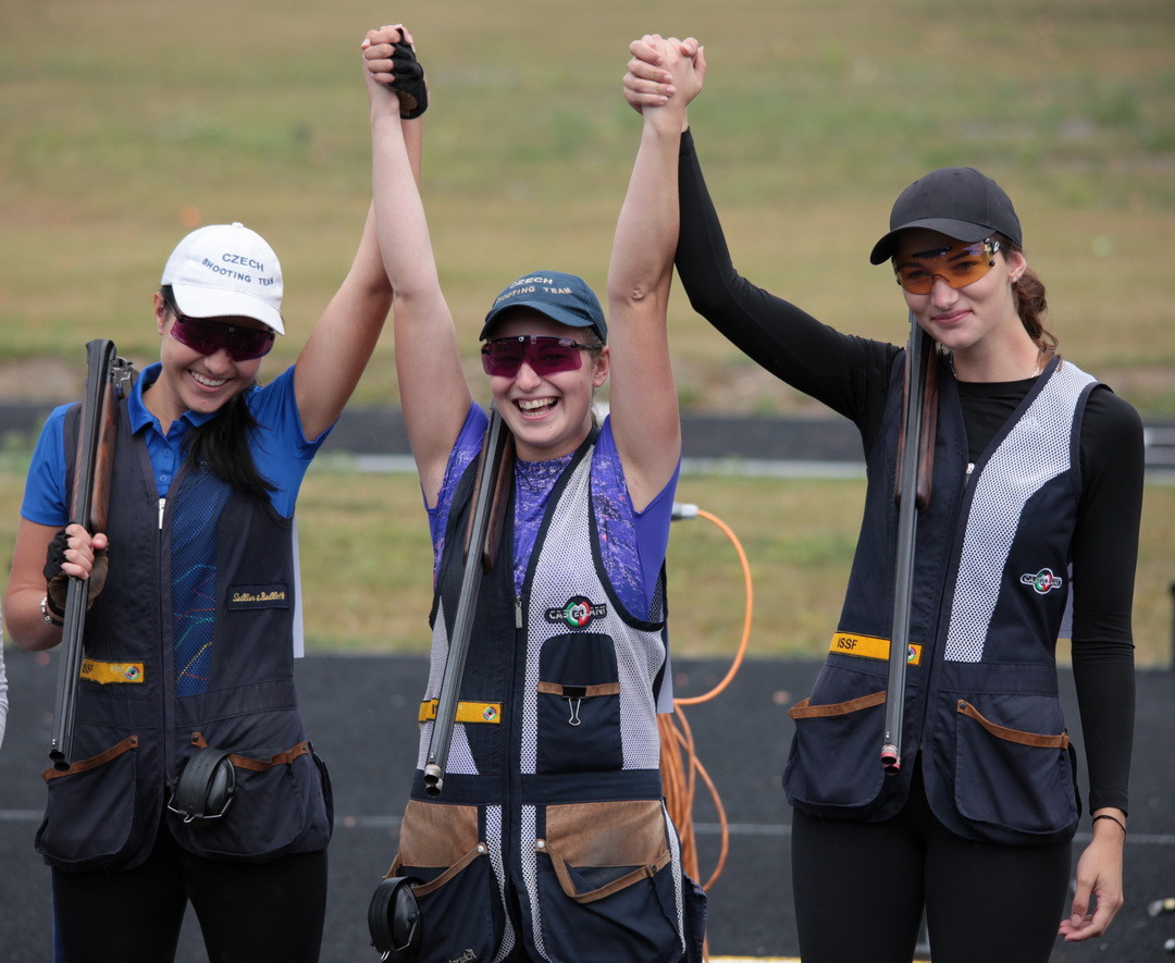 The Czech Republic took the women's junior skeet title by beating Russia in the final ©ESC
