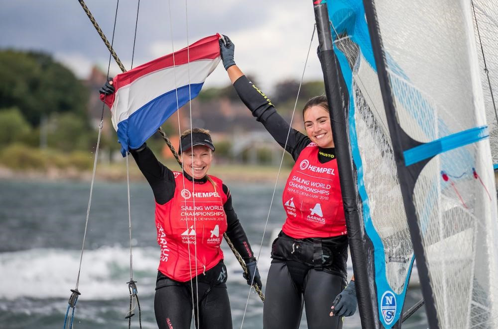 Annemiek Bekkering and Annette Deutz of The Netherlands snatched gold in a dramatic 49erFX medal race ©World Sailing