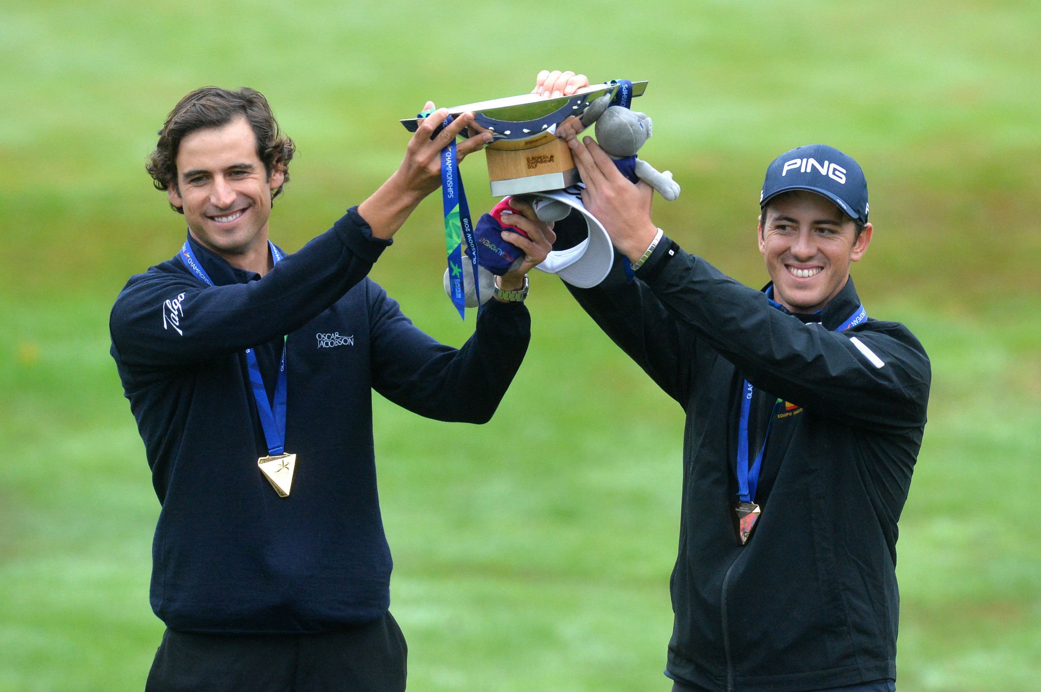 Spain's Pedro Oriol and Scott Fernandez came out on top in the men's team golf competition ©Getty Images