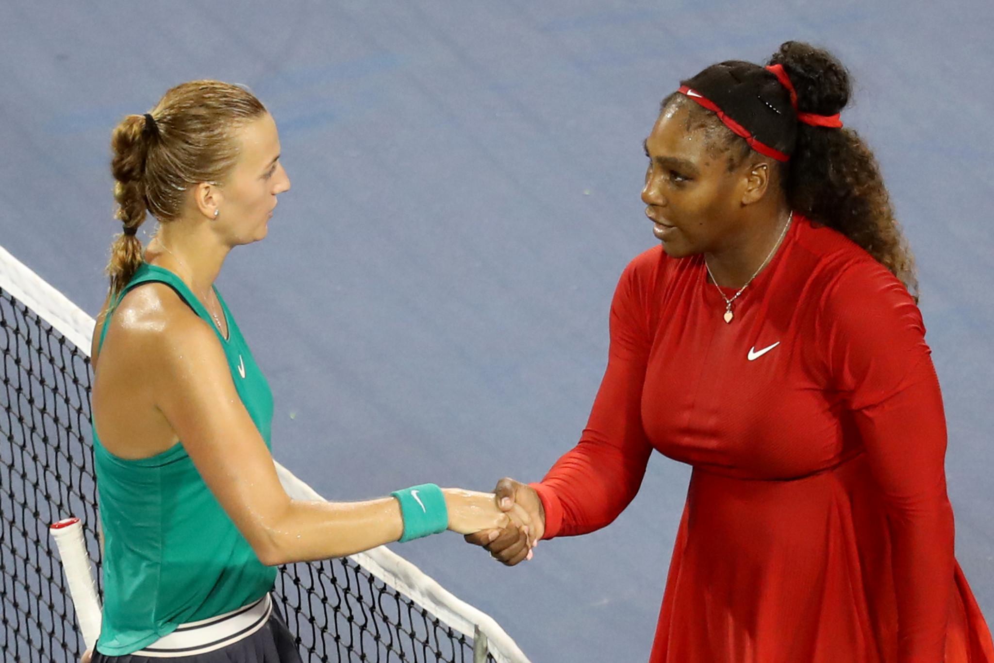 Kvitová beats Williams as Federer progresses at Cincinnati Masters