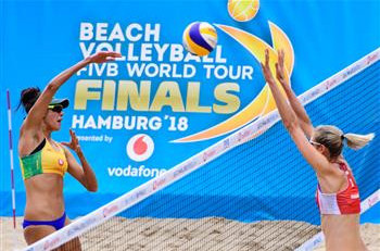 Australia's Mariafe Artacho and Taliqua Clancy gained revenge at the FIVB Beach Volleyball World Tour Finals in Hamburg today over the Canadians who beat them to the Commonwealth title ©FIVB