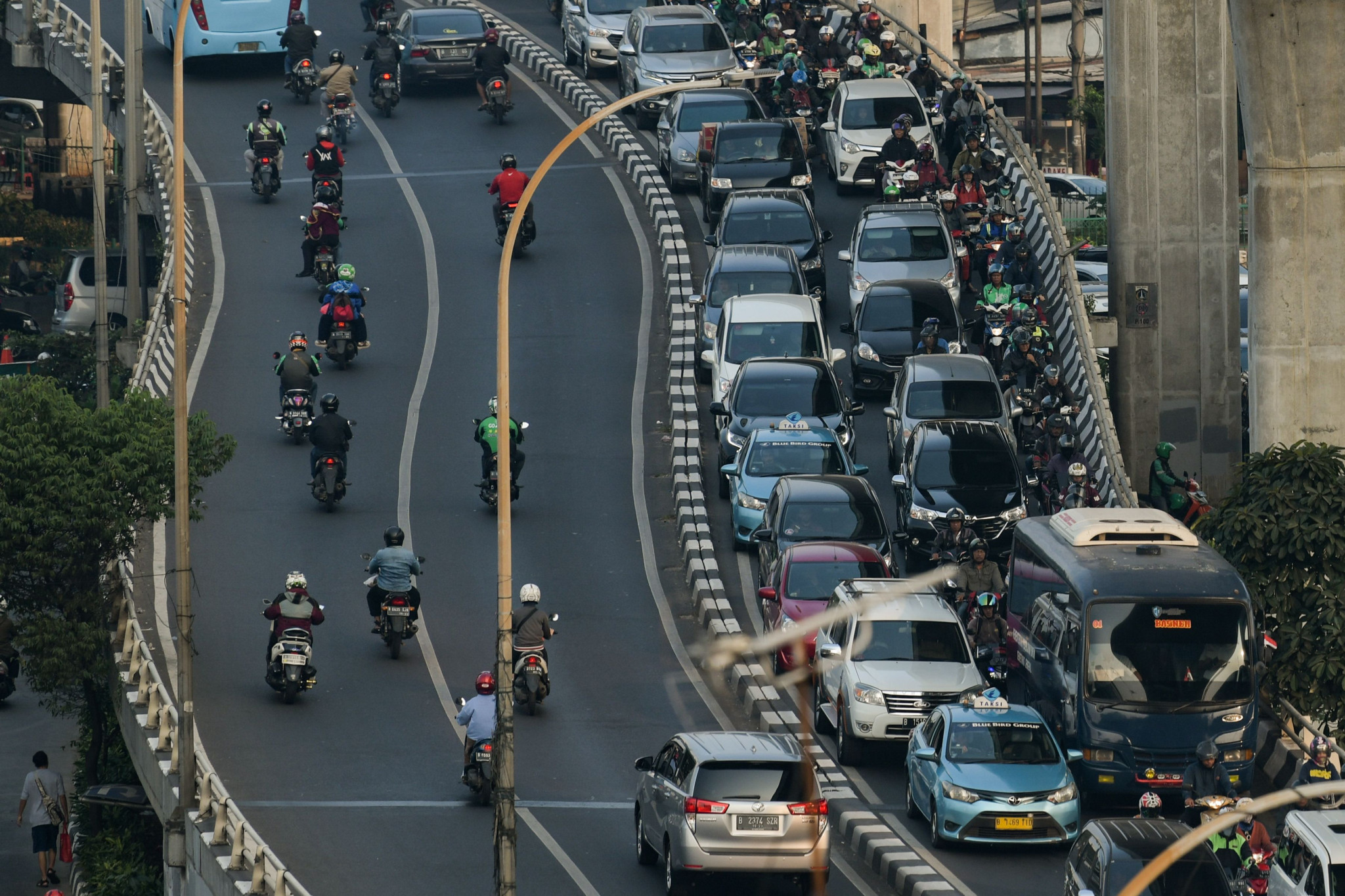 The Moovit app will help guide tourists and locals alike through Jakarta's notorious traffic ©Getty Images