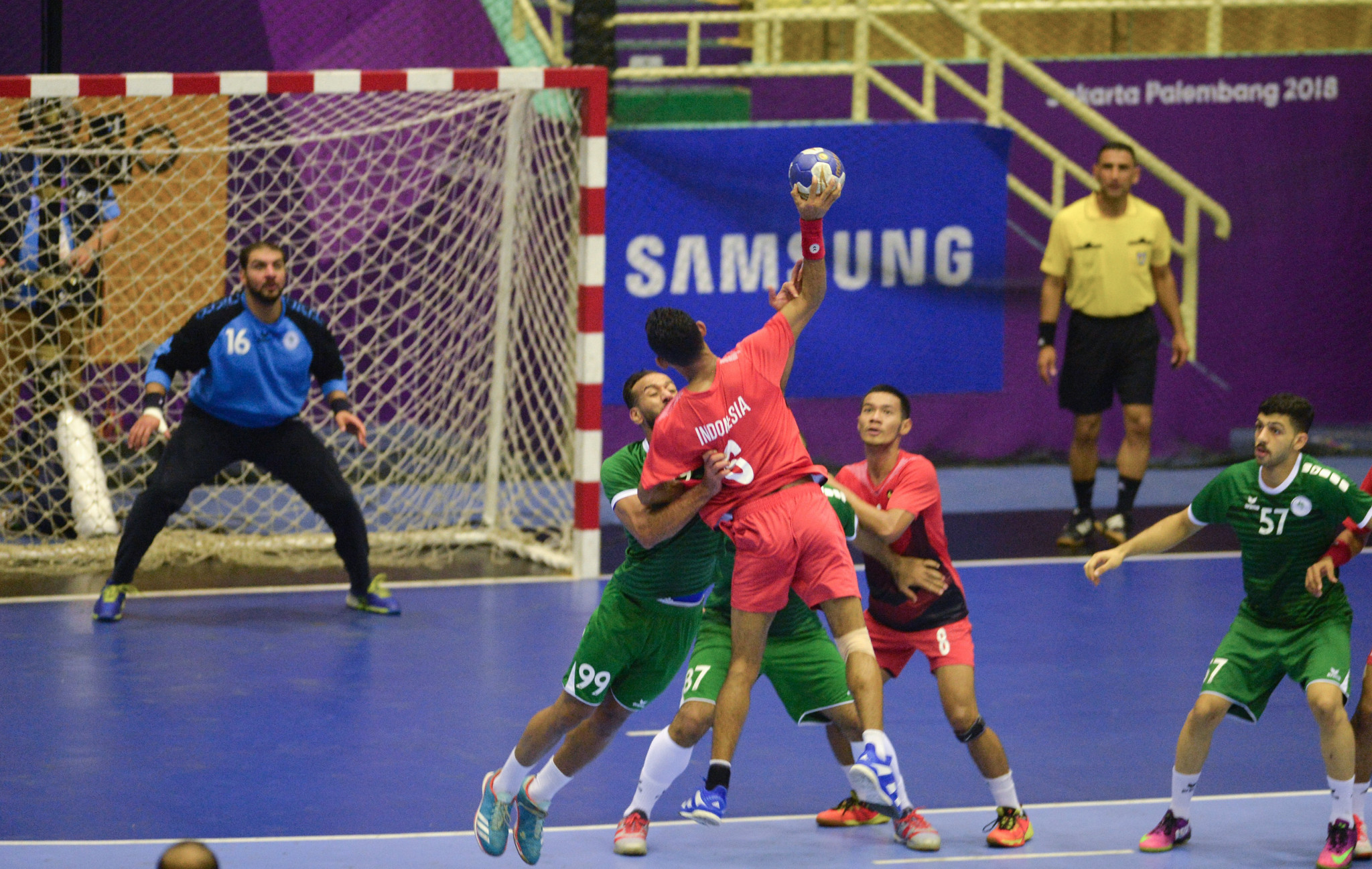 Hosts Indonesia suffered a 47-13 defeat against Saudi Arabia in Group C of the men's handball competition ©Getty Images