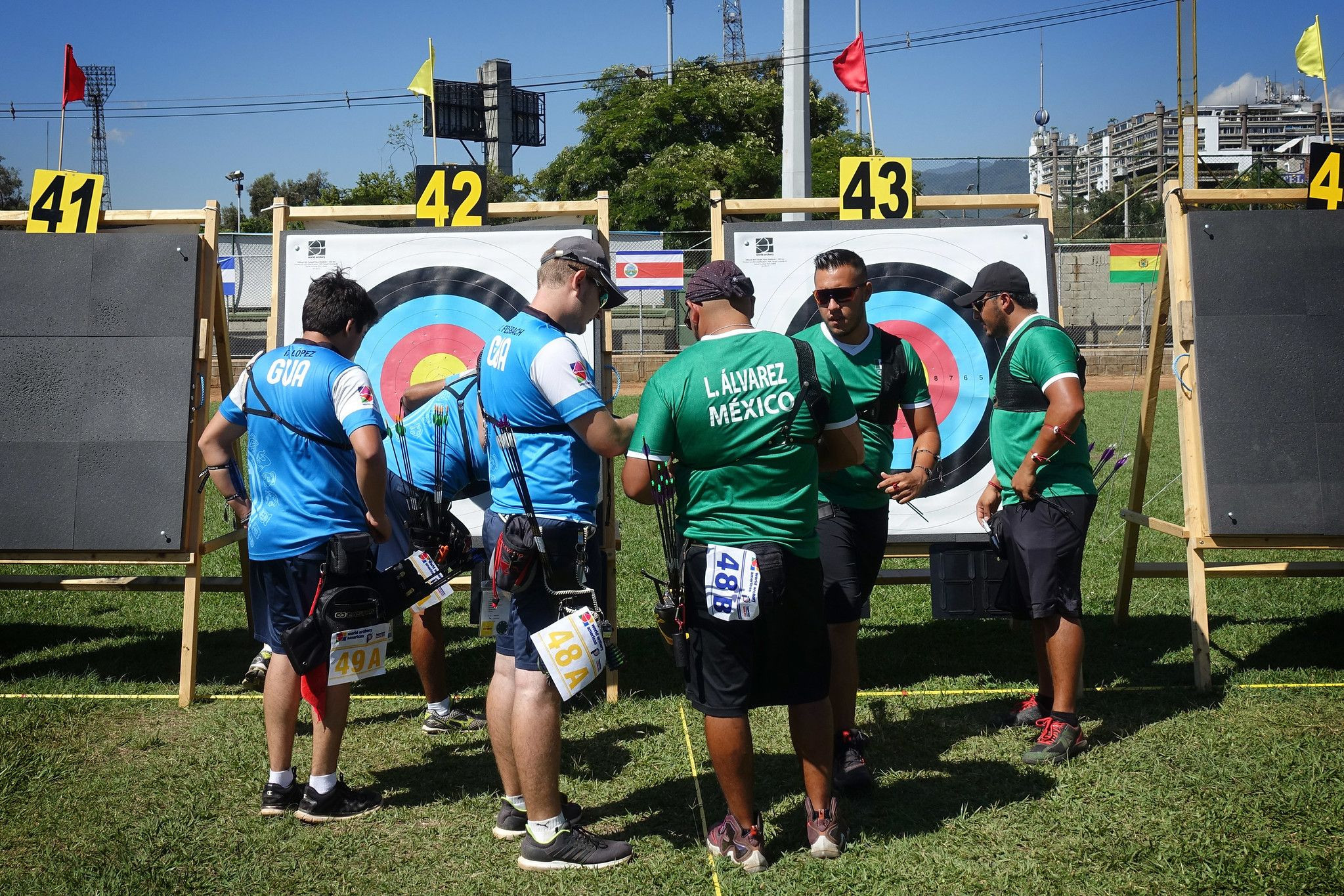 Team action took centre stage in Colombia on day two ©World Archery