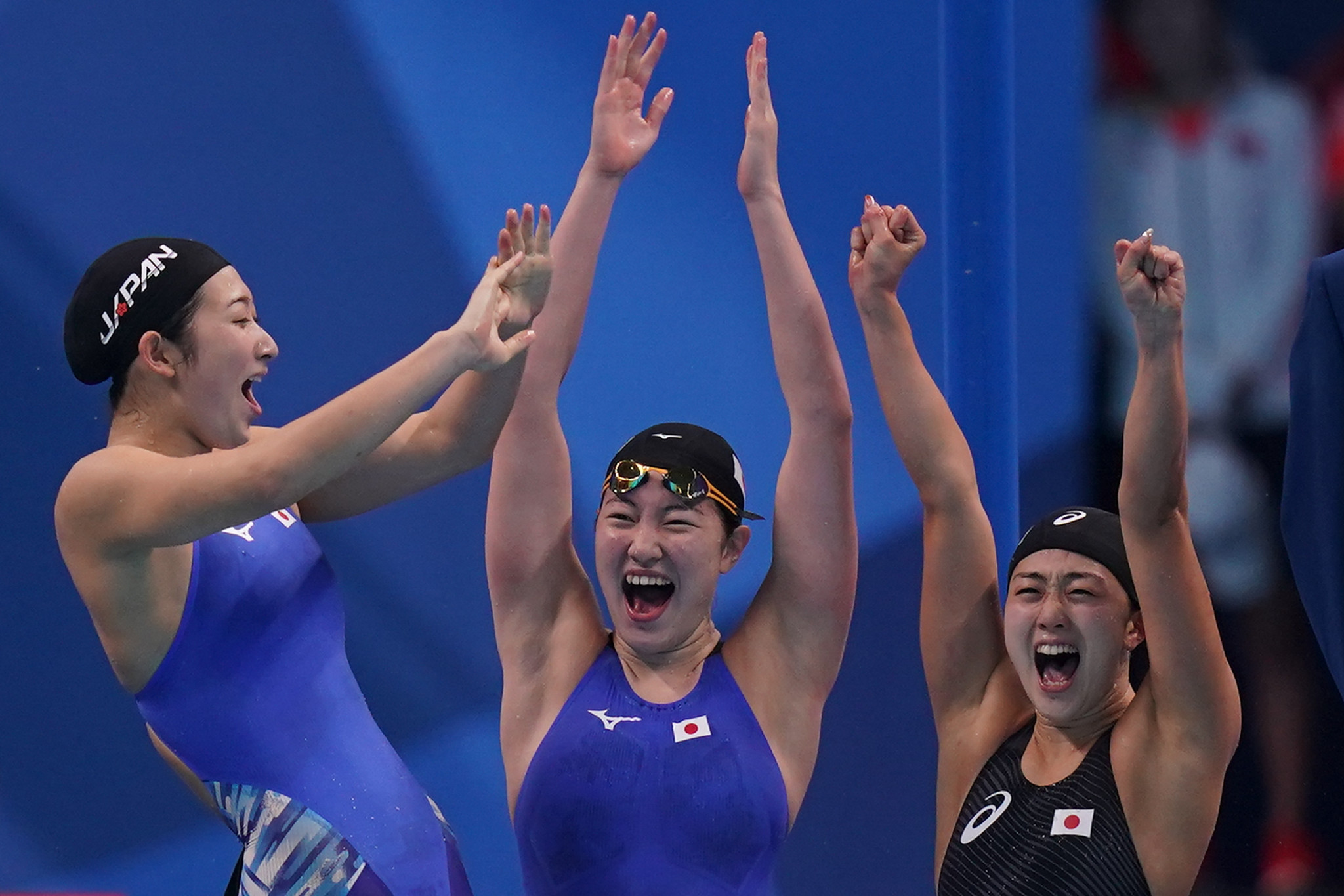 Japan won the final three gold medals tonight, including the women's 4x100m freestyle relay, setting an Asian Games record as they beat big rivals China ©Getty Images