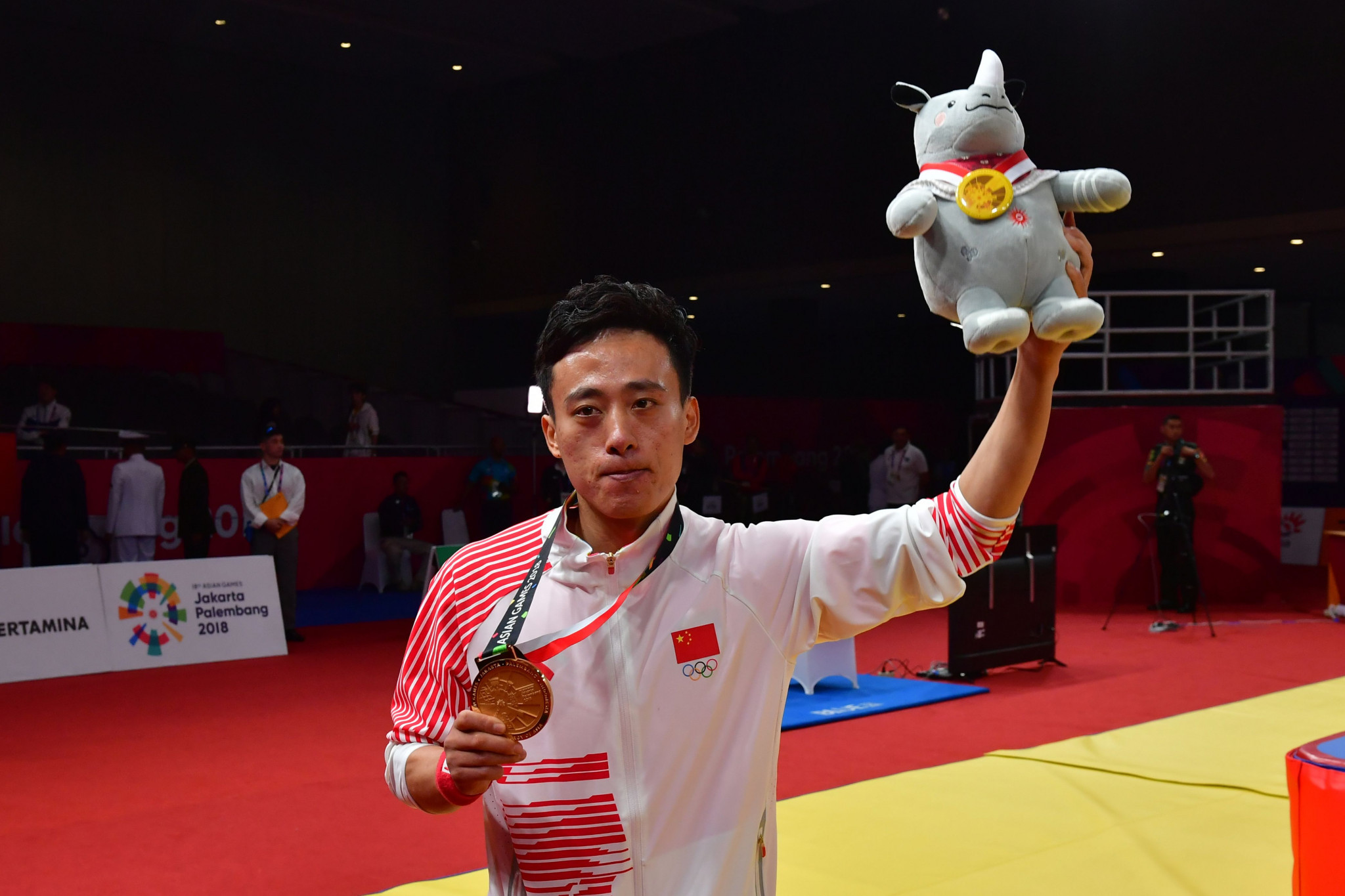 Wushu athlete claims first gold medal of 2018 Asian Games as China take charge in overall standings