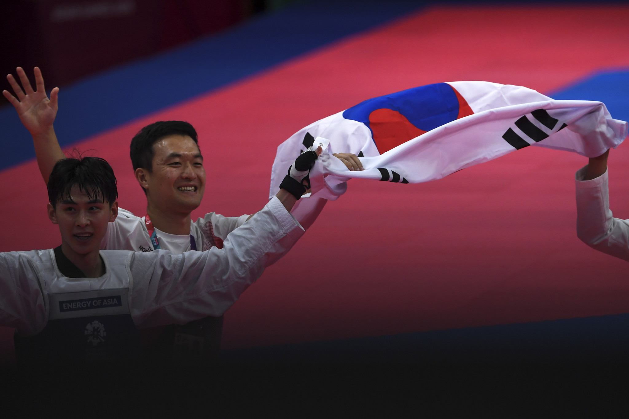 World champion Kim claims historic gold medal as taekwondo action continues at 2018 Asian Games