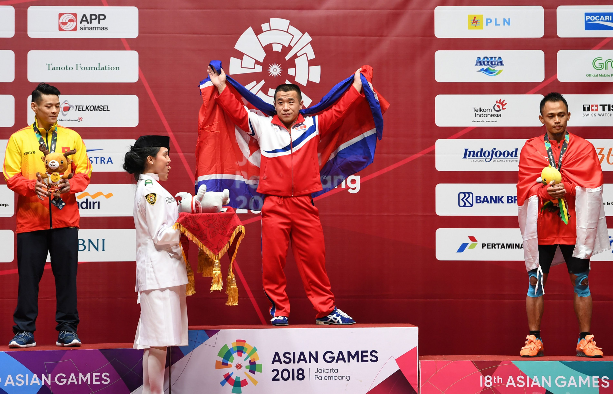 London 2012 Olympic champion Om Yun Chol won the men's 56 kilograms gold medal as North Korea dominated the first day of weightlifting competition at the 2018 Asian Games in Jakarta and Palembang ©Getty Images