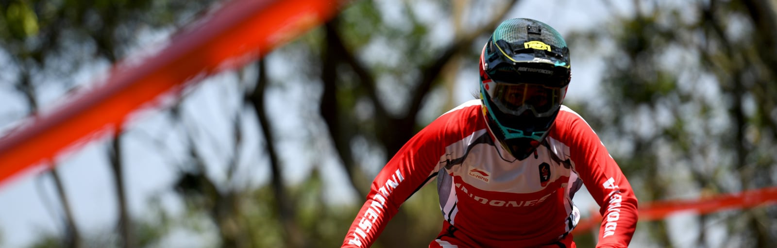 Hosts Indonesia won two cycling mountain bike gold medals as the men's and women's downhill events took centre stage ©Asian Games 2018